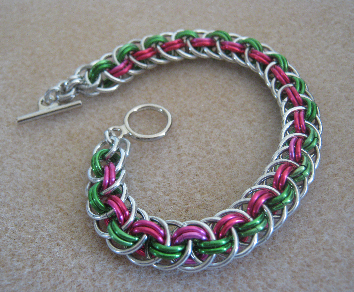 Basket Weave Chainmaille Tutorial : The alchemists vessel tutorial time viper basket weave