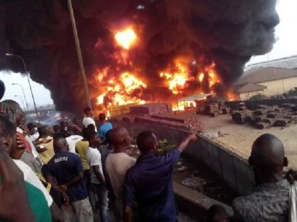 SO SAD! Family In Deep Pain As Two Siblings Die Tragically In Fire Outbreak In Lagos