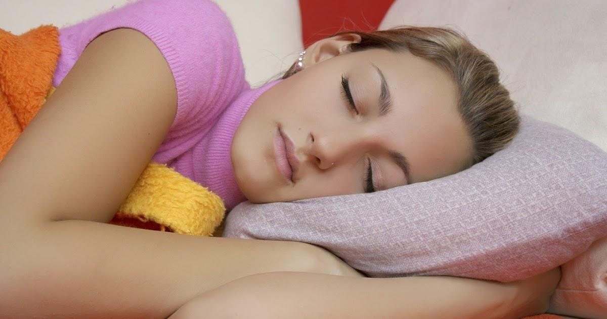молодая девушка спать следует рассказать