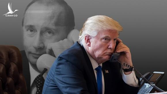 """Đôi bạn thân """"cùng khổ"""": Cùng ngày TQ lãnh đòn thuế quan, một nước khác cũng bị Trump trừng phạt"""