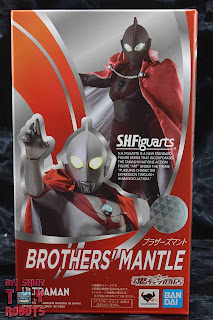 S.H. Figuarts Brothers' Mantle Box 01
