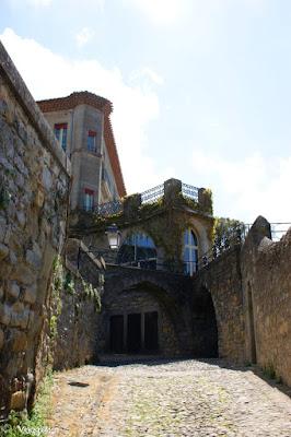 Scorcio di una delle vie del centro della cittadella