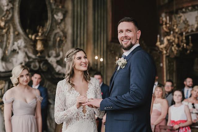 Ślub - nakładanie obrączek. Fotorelacja ze ślubu Prześwietlone Odbitki