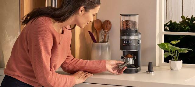How do you make coffee with a KitchenAid coffee maker?