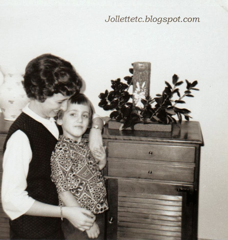 Wendy and Mary Jollette Slade Christmas 1964  http://jollettetc.blogspot.com
