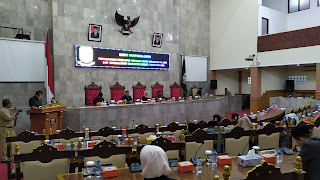 DPRD Kabupaten Cirebon Rapat Paripurna Pandangan Fraksi RPJMD Dan RAPBD 2019