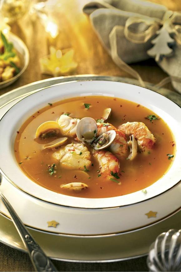 Sopa De Pescado Y Mariscos