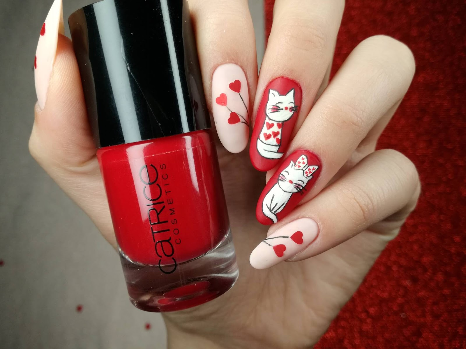 paznokcie koty malowane