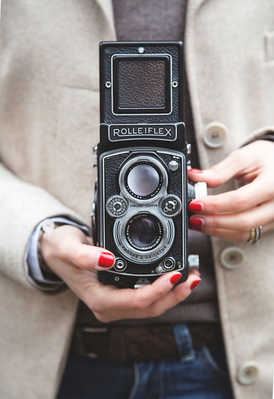 Sharing tips how to look good in photos - Ioanna's Notebook