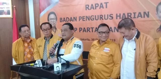 Legowo Kader Hanura Tak Jadi Menteri, OSO: Beban Presiden Terlalu Berat