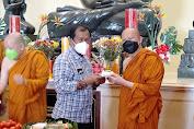 Ultah Bhante Body dan Daeng Amran di Rayakan di Vihara Hemadhiro Mettavati Oleh Romo Asun