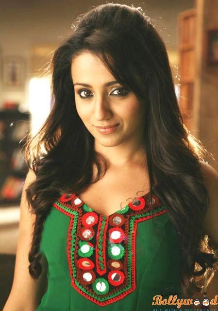 Trisha Krishnan Bikini Wallpapers, Hot Images, HD Bikini