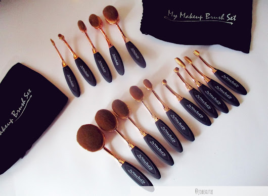 """My makeup brush set"" OVAL BRUSHES Review + Tutorial"