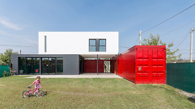 La Casa Container - 2 Bedroom Shipping Container Home, Argentina 1