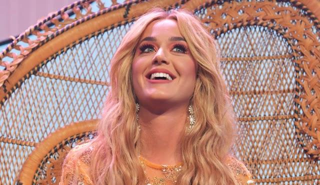 """Katy Perry vuelve con nuevo single y video """"Never Really Over"""""""