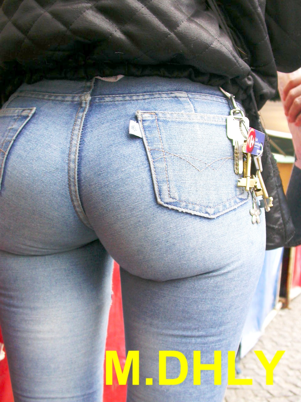 Sexy bubble butt milf jeans ass 1