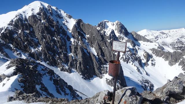 Ruta al Pico Valjarto en el Macizo del Mampodre.