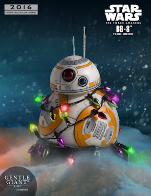 "Star Wars The Force Awakens ""Holiday"" BB-8 Mini Bust by Gentle Giant"