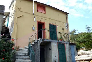 facciata casa vendita dolcedo imperia