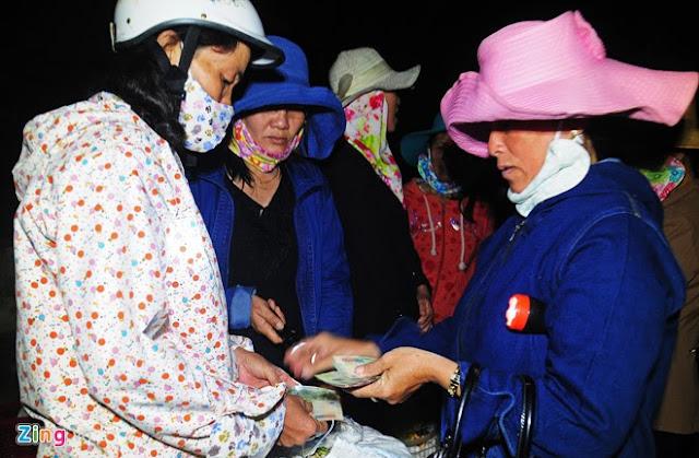 Chợ tỏi 4h sáng trên đảo Lý Sơn - Hình 9