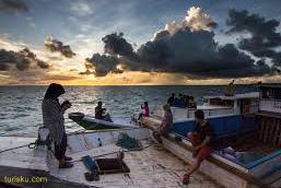 Pantai Derawan Indonesia