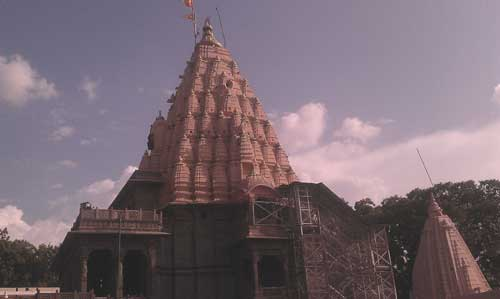 Mahakaleshwar Temple Ujjain  Architecture, History, Timings