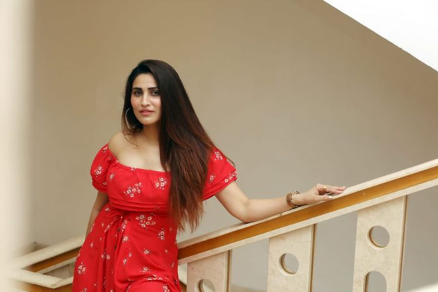 Bollywood Actress Inayat Latest Photo Shoot Pics Actress Trend