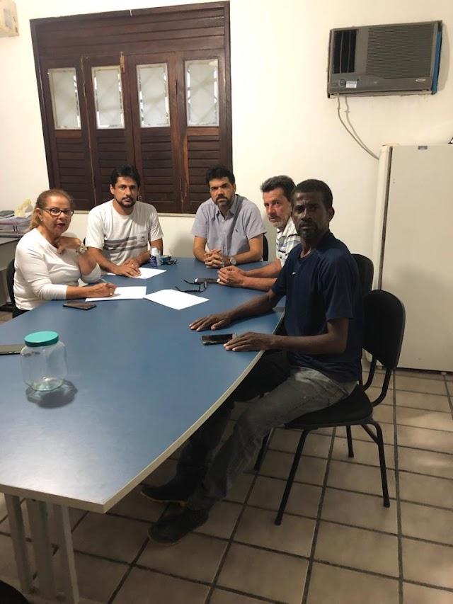 Em reunião emergencial, Prefeito Rogério Andrade avalia danos das chuvas e autoriza providências imediatas