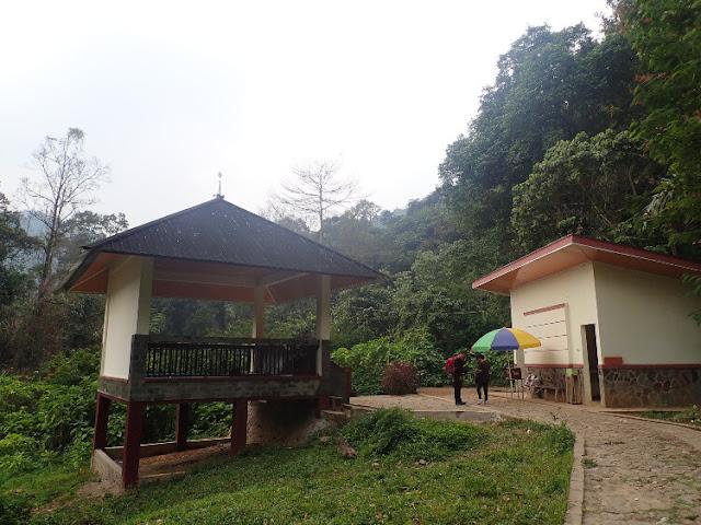 fasilitas di danau situ gunung