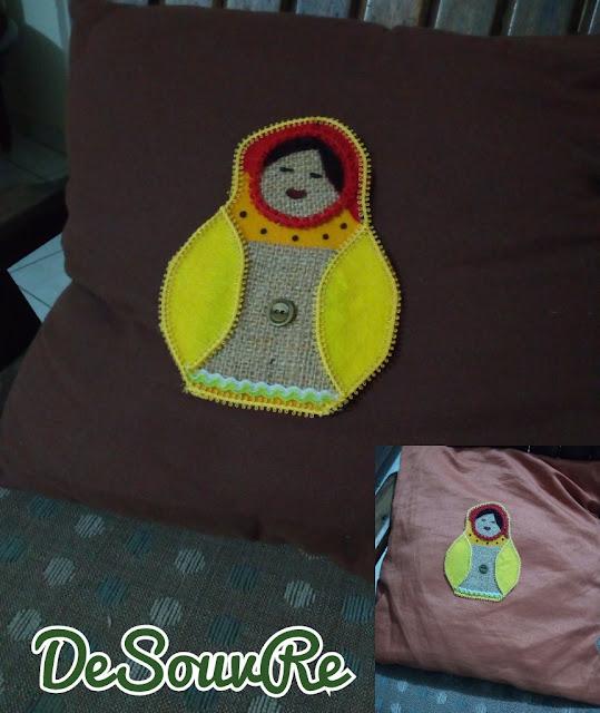 Matrioska con retales de tela de fieltro y arpillería