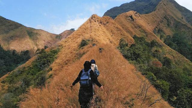 7 Fakta dan Mitos Gunung Piramid Bondowoso, Jalur yang Ekstrem