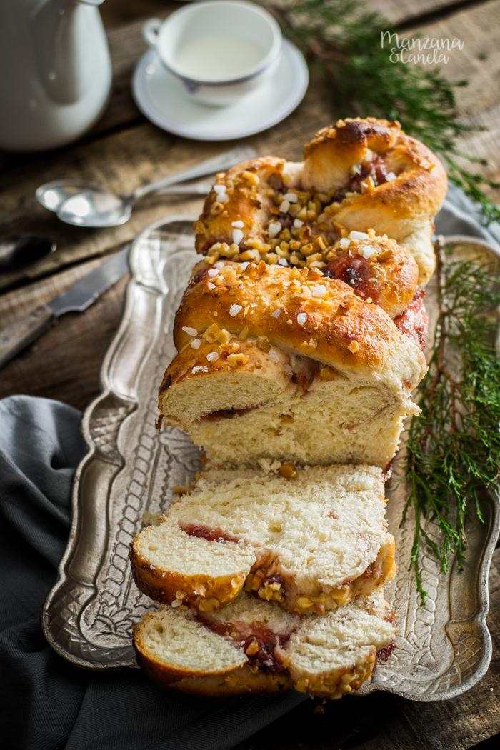 Pan dulce con mermelada de higos y nueces