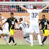 Dortmund é derrotado pelo Augsburg, que dorme na liderança da Bundesliga; Leverkusen e Leipzig empatam