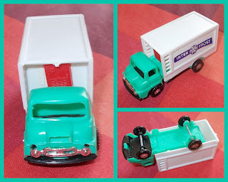 Animal Transports; Bedford RL; Blue Box; Boxed Set; Breakdown Lorry; Commercial Vehicles; Crane Truck; E5108; Empire Toys; Ford Thames; Hong Kong Toy; Lorries; Lorry Set; Made in Hong Kong; Play Set; Recovery Lorry; Refridgerated Lorry; Shell Oil; Small Scale World; smallscaleworld.blogspot.com; Thames Lorry; Thames Trader; Thames Truck; Truck Set;