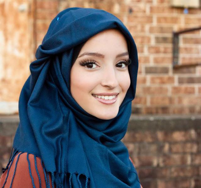 Cara Memilih Hijab Sesuai dengan Warna Kulit