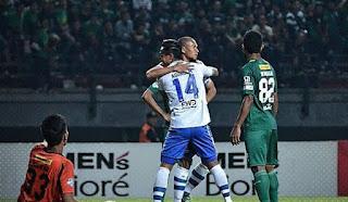 Persebaya vs Persib Bandung 0-2 Highlights