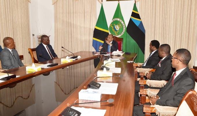Rais Dkt.Mwinyi ateta na uongozi wa Kanisa la Waadventista Wasabato Tanzania