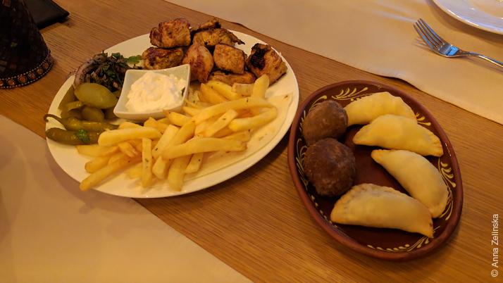 Блюда в Byblos, Черногория