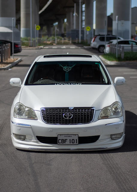 Toyota UZS186 Majesta