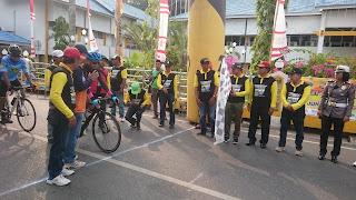 Ratusan Atlit Balap Sepeda Unjuk Kebolehan Pada Ajang Kejurprov di Kotabaru