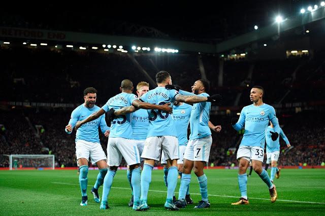 Premier League Gameweek 17: Man city players celebrate goal