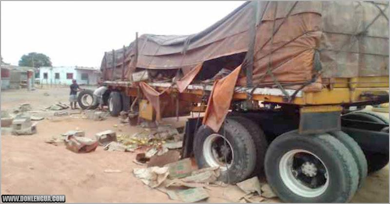 Saquearon camión cargado con aceite en Anzoátegui con la ayuda de la Guardia Nacional