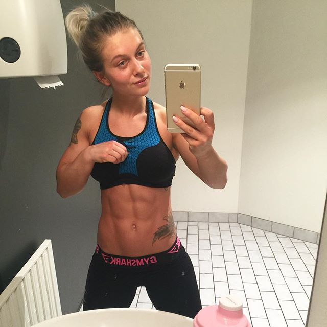 Fitness selfie Caroline Aspenskog