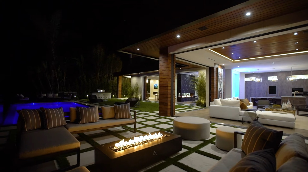 45 Interior Design Photos vs. 950 Kenfield Ave, Los Angeles, CA Ultra Luxury Mansion Tour
