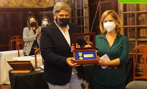 El Ayuntamiento de Los Llanos de Aridane entrega la Medalla de Oro de la Ciudad al IES Eusebio Barreto Lorenzo