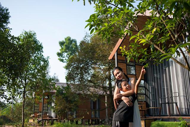Em và bungalow