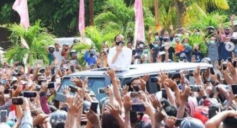 Kerumunan Saat Kunjungi NTT, Epidemiolog: Presiden Jokowi Harusnya Ingatkan Anak Buah