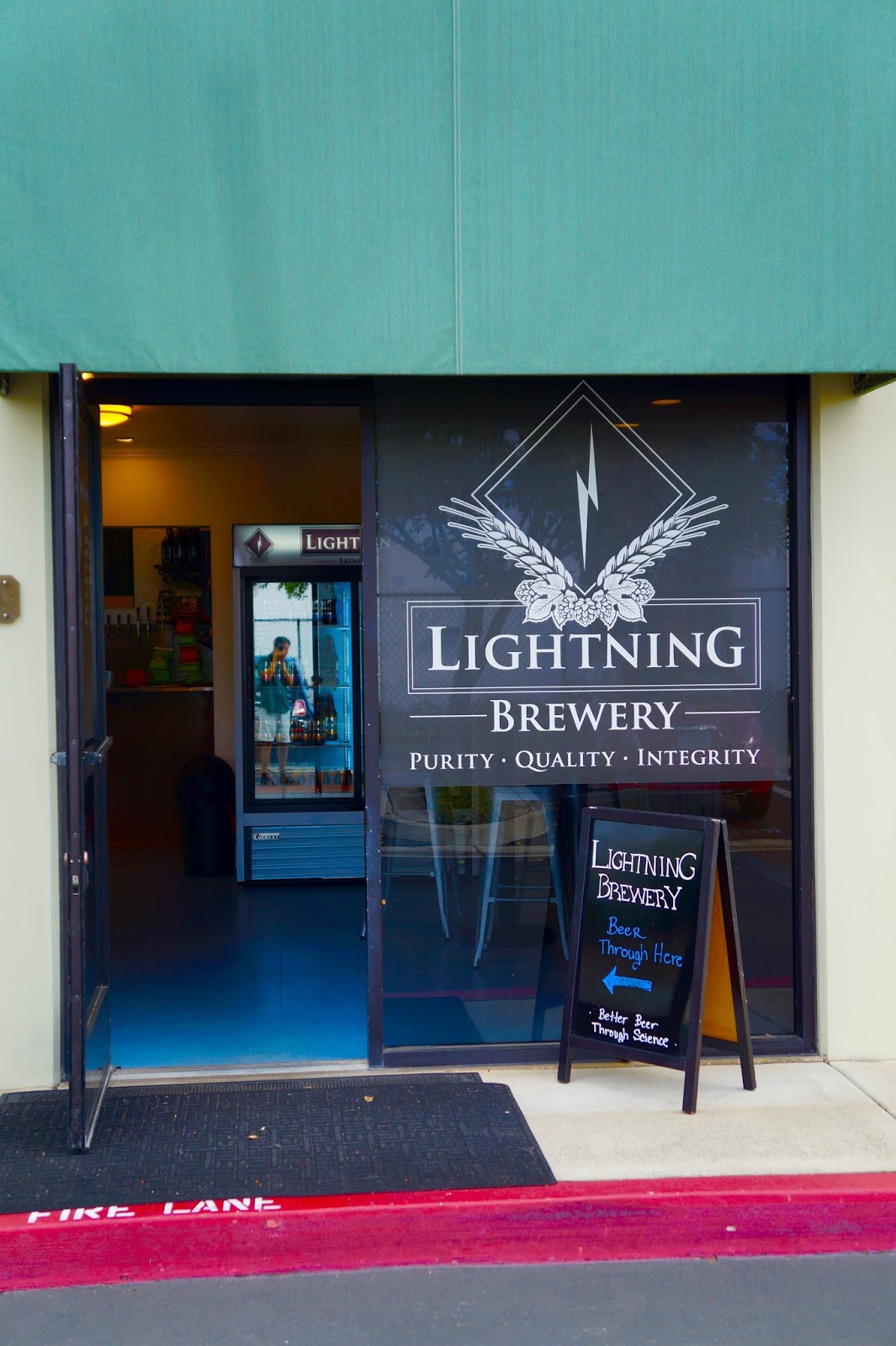 Lightning Brewery, Lightnig Brewing, Lightning Brew, Poway, California