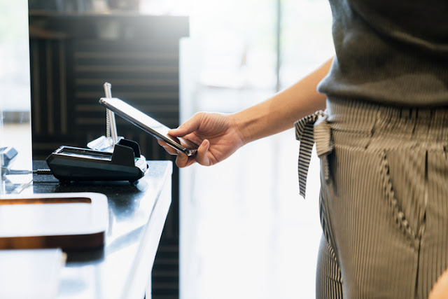 Get Guests to Spend with Online Contactless Payments
