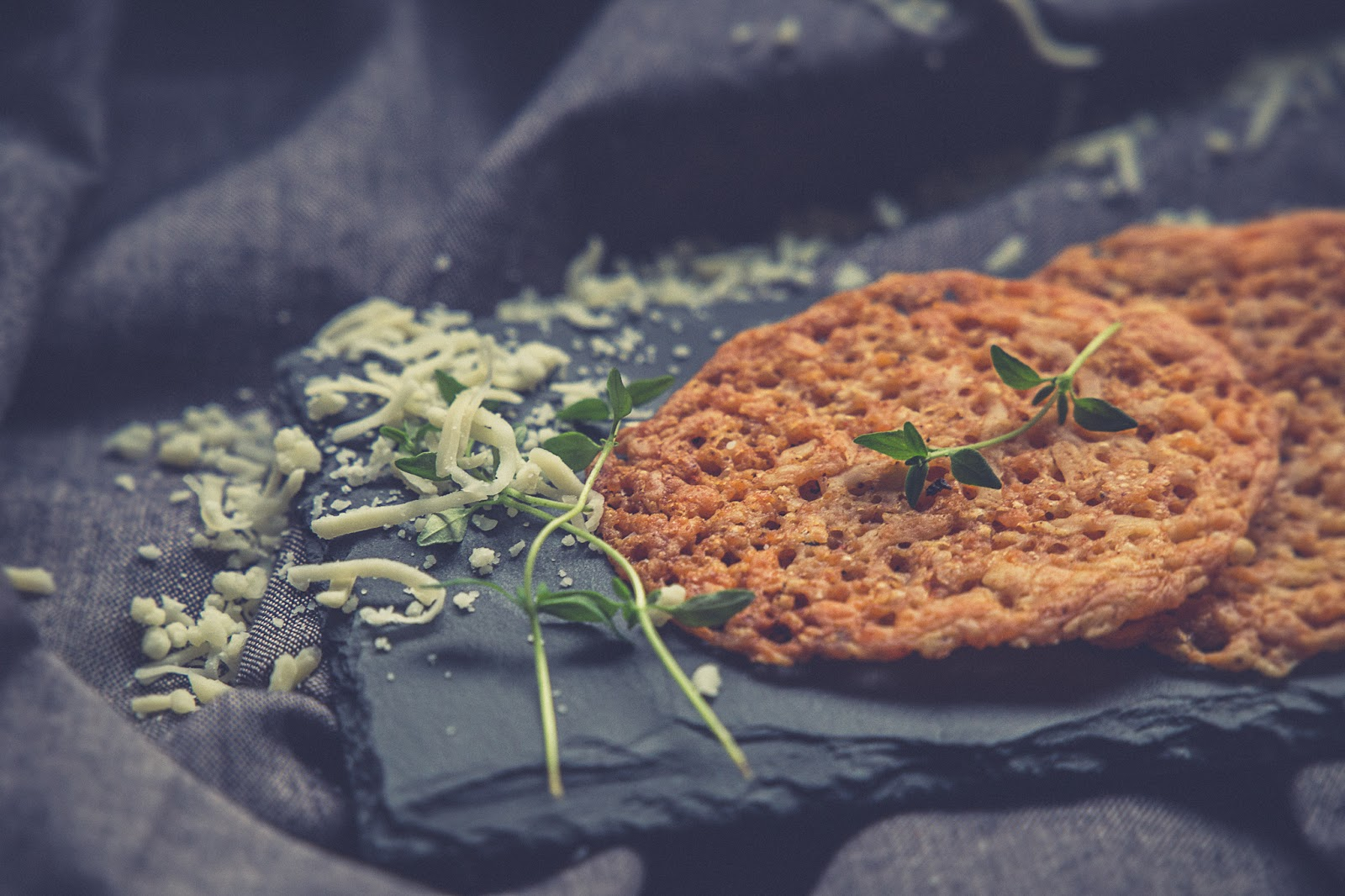 vhh-ja keto-ruokavalioon sopivat juusto keksit